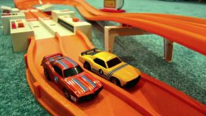 hot wheels line up on track
